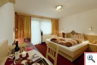 Triple room at Holiday House Birgit in Pettneu am Arlberg
